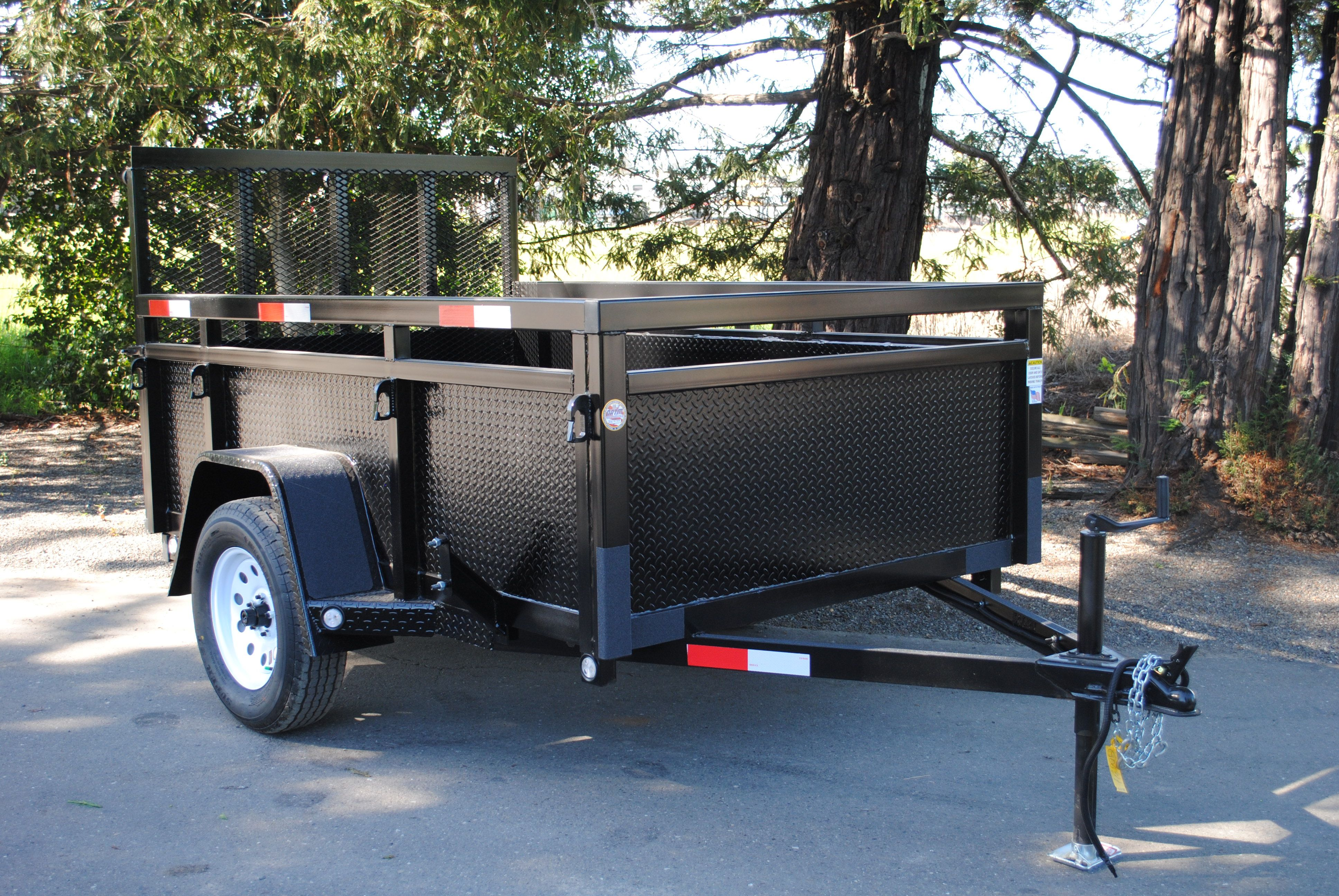FabForm - Utility Trailers North Bay | Truck Tops USA & Campway's