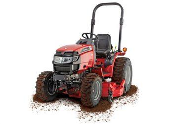 Mahindra Max 26 XL with Dirt on it