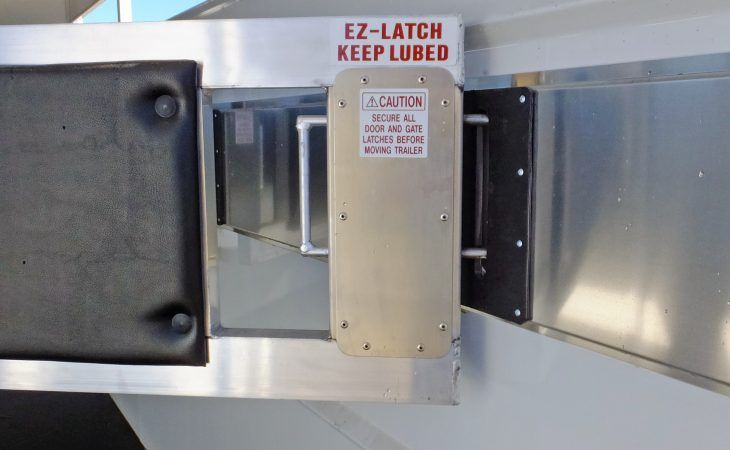 Maverick Horse Trailer Divider EZ-Latch