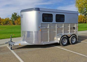 Mav Lite 2 Horse Solid Side Walls With Windows
