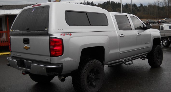 Snugtop Sport Highliner on truck