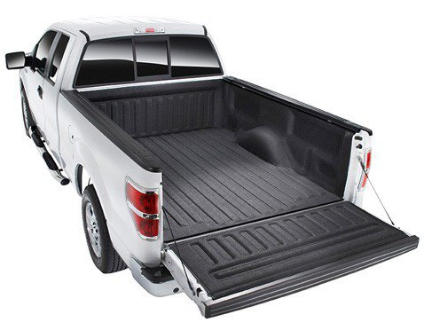 Pickup truck bed with mat bed liner