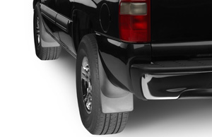 pickup truck equipped with rear wheel mud flaps